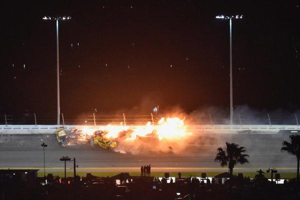 #22: Joey Logano, Team Penske, Ford Mustang Shell Pennzoil #18: Kyle Busch, Joe Gibbs Racing, Toyota Camry M&M's #2: Brad Keselowski, Team Penske, Ford Mustang Discount Tire