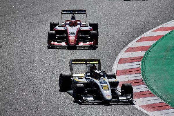 Max Fewtrell (GBR, ART Grand Prix) and Marcus Armstrong (NZL, PREMA Racing)