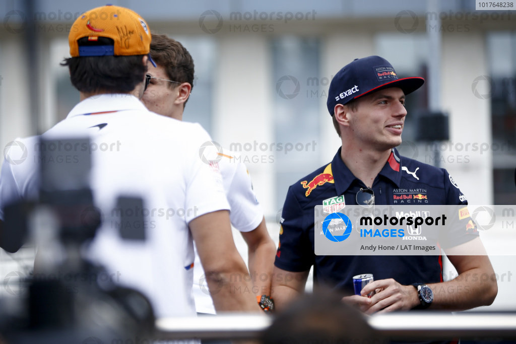 Max Verstappen, Red Bull Racing, Carlos Sainz Jr, McLaren and Lando Norris, McLaren n the drivers parade truck