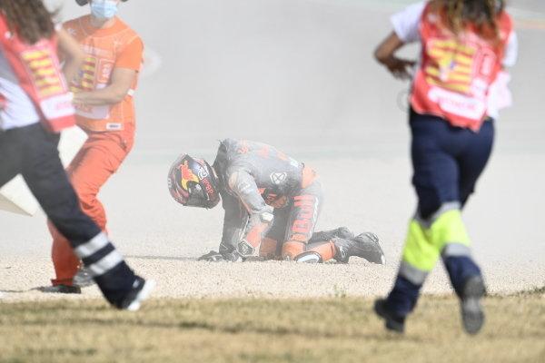 Brad Binder, Red Bull KTM Factory Racing crash.