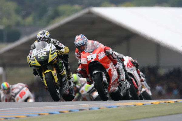 Le Mans, France. 16th - 17th May 2009.Nicky Hayden Ducati Marlboro Team battles with James Toseland Monster Yamaha Tech 3.World Copyright: Martin Heath/LAT Photographicref: BPI_Moto 8a6a