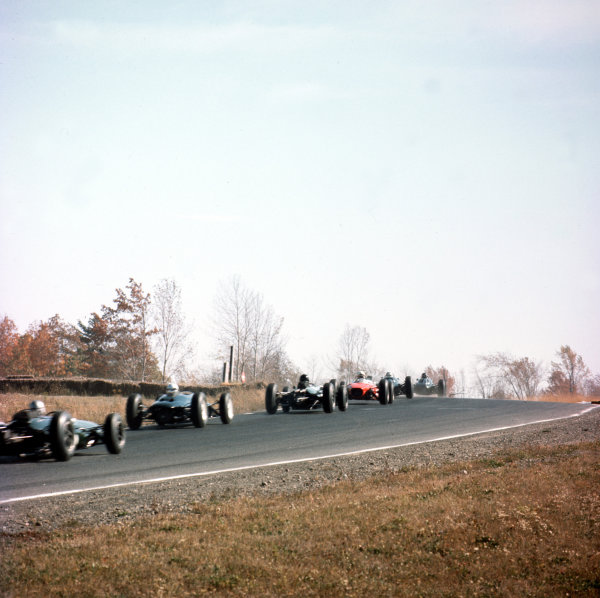 Watkins Glen, New York, USA.4-6 October 1963.The start.Ref-3/1099.World Copyright - LAT Photographic