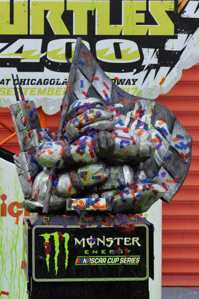 Monster Energy NASCAR Cup Series Tales of the Turtles 400 Chicagoland Speedway, Joliet, IL USA Sunday 17 September 2017 Tales of the Turtles 400 trophy World Copyright: Logan Whitton LAT Images