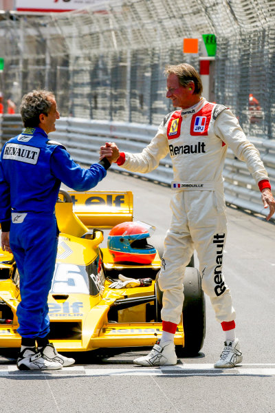 Monte Carlo, Monaco. Friday 26 May 2017. Alain Prost, Renault RE40, and Jean-Pierre Jabouille, Renault RS01. World Copyright: Charles Coates/LAT Images ref: Digital Image DJ5R7641