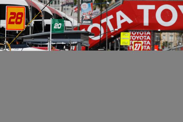2017 Verizon IndyCar Series Toyota Grand Prix of Long Beach Streets of Long Beach, CA USA Sunday 9 April 2017 Ryan Hunter-Reay, pit stop World Copyright: Michael L. Levitt LAT Images