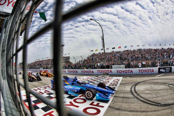 2017 Verizon IndyCar Series Toyota Grand Prix of Long Beach Streets of Long Beach, CA USA Sunday 9 April 2017 Scott Dixon, start World Copyright: Michael L. Levitt LAT Images