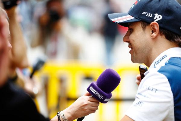 Interlagos, Sao Paulo, Brazil. Thursday 09 November 2017. Felipe Massa, Williams Martini Racing, talks to the media. World Copyright: Glenn Dunbar/LAT Images  ref: Digital Image _X4I8610