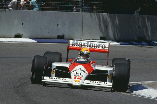 1988 Australian Grand Prix. Adelaide, Australia. 11th - 13th November 1988. Ayrton Senna (McLaren MP4/4-Honda), 2nd position, action.  World Copyright: LAT Photographic.  Ref:  88AUS