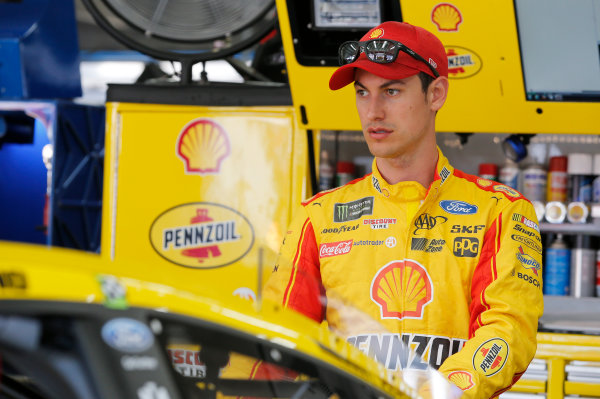 Monster Energy NASCAR Cup Series Monster Energy NASCAR All-Star Race Charlotte Motor Speedway, Concord, NC USA Friday 19 May 2017 Joey Logano, Team Penske, Shell Pennzoil Ford Fusion World Copyright: Matthew T. Thacker LAT Images ref: Digital Image 17CLT1mt1135