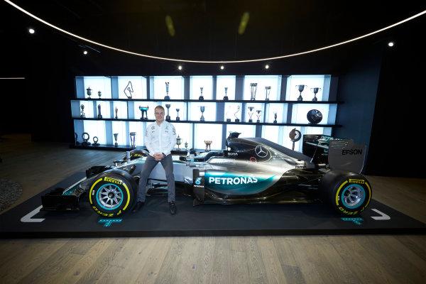 Mercedes F1 Driver Announcement Mercedes AMG Factory, Brackley, UK Monday 16 January 2017 Valtteri Bottas is announced as the new Mercedes AMG F1 driver for 2017. World Copyright: Steve Etherington/LAT Photographic ref: Digital Image SNE11790