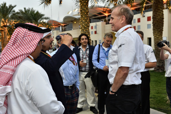Neil England (GBR) non-Executive Chairman of Silverstone Holdings Ltd talks with Crown Prince Shaikh Salman bin Hamad Al Khalifa (BRN). Formula One World Championship, Rd3, Bahrain Grand Prix, Practice, Bahrain International Circuit, Sakhir, Bahrain, Friday 4 April 2014.