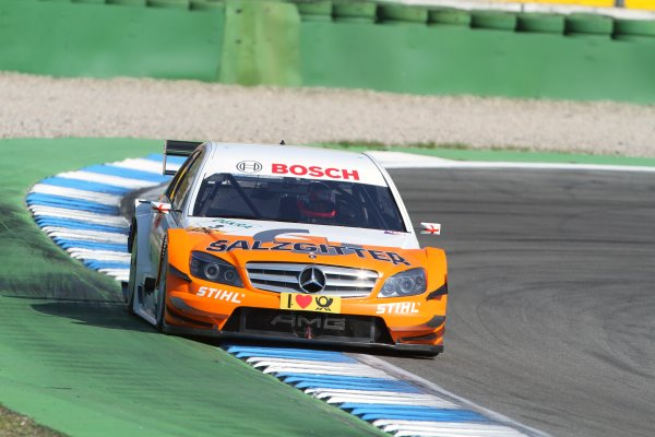 Gary Paffett (GBR), Salzgitter AMG Mercedes, Salzgitter AMG Mercedes C-Klasse (2009), took pole position.DTM, Rd1, Hockenheim, Germany, 23-25 April 2010 World Copyright: LAT Photographicref: Digital Image dne1024ap36