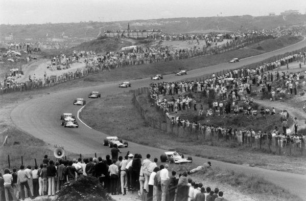 Zandvoort, Holland. 19th - 21st June 1970.Henri Pescarolo (Matra-Simca MS120), 8th position, leads Peter Gethin (McLaren M14A-Ford), retired at the star of the race. Piers Courage (De Tomaso 505/38-Ford Cosworth), tragically suffered a fatal accident during the race. Action.World Copyright: LAT Photographic.Ref: 1340E - 7A-8.