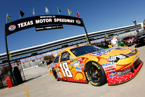 1-4 November, 2012, Fort Worth, Texas USA Kyle Busch, Snickers Toyota Camry.(c)2012, LAT South LAT Photo USA