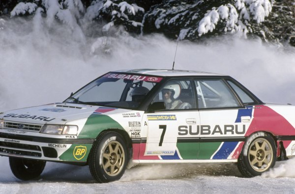1992 World Rally Championship. Swedish Rally, Sweden. 13 - 16 February 1992. Colin McRae/Derek Ringer (Subaru Legacy RS), 2nd position. World Copyright: LAT Photographic Ref: 35mm transparency 92RALLY18