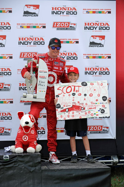 3-5 August, 2012, Lexington, Ohio USAWinner Scott Dixon in Victory Lane with a young fan.(c)2012, F. Peirce WilliamsLAT Photo USA