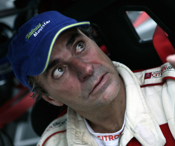 2003 FIA World Rally Champs. Round Eleven Sanremo Rally 2nd-5th October 2003.Carlos Sainz, Citroen, portrait. World Copyright: McKlein/LAT