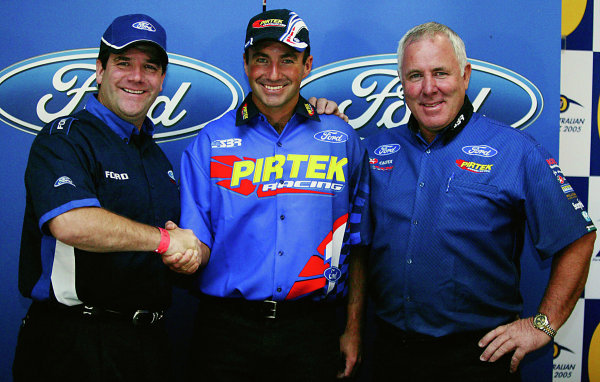 2005 Australian V8 SupercarsAlbert Park, Melbourne, Australia. 4th - 6th March.Marcos Ambrose (Falcon BA) with Ford team members. World Copyright: Mark Horsburgh/LAT Photographicref: Digital Image Only