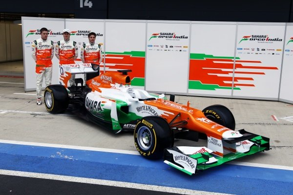 (L to R): Paul di Resta (GBR), Nico Hulkenberg (GER) and Jules Bianchi (FRA) with the new Force India VJM05. Sahara Force India VJM05 Unveil, Silverstone, England, Friday 3 February 2012.