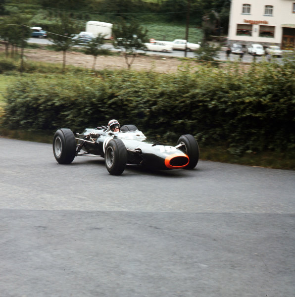 1965 German Grand Prix. Nurburgring, Germany. 1st August 1965. Jackie Stewart, (BRM P261), retired, action. World Copyright: LAT Photographic Ref-3/1806.