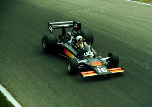 1975 Italian Grand Prix.Monza, Italy.5-7 September 1975.Tom Pryce (Shadow DN5A Ford) 6th position.World Copyright - LAT Photographic
