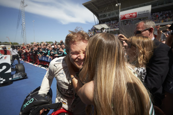 Circuit de Catalunya, Barcelona, Spain. Sunday 10 May 2015. Nico Rosberg, Mercedes AMG gets a kiss from wife Vivian Sibold after winning the race. World Copyright: Steve Etherington/LAT Photographic. ref: Digital Image SNE10188