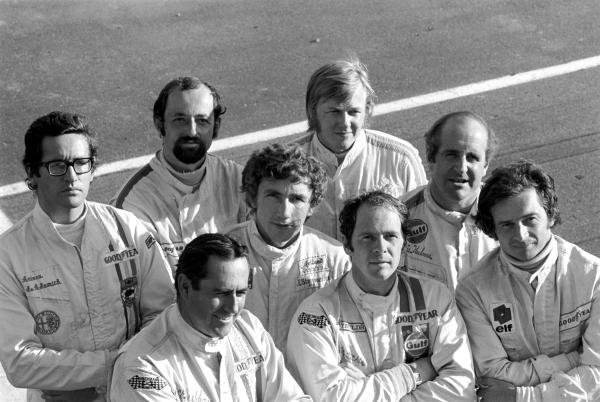 L to R: Andrea de Adamich(ITA) Henri Pescarolo(FRA). Jack Brabham(AUS), Rolf Stommelen(GER), Ronnie Peterson(SWE), Peter Gethin(GBR), Denny Hulme(NZL) and Jean Pierre Beltoise(FRA) 