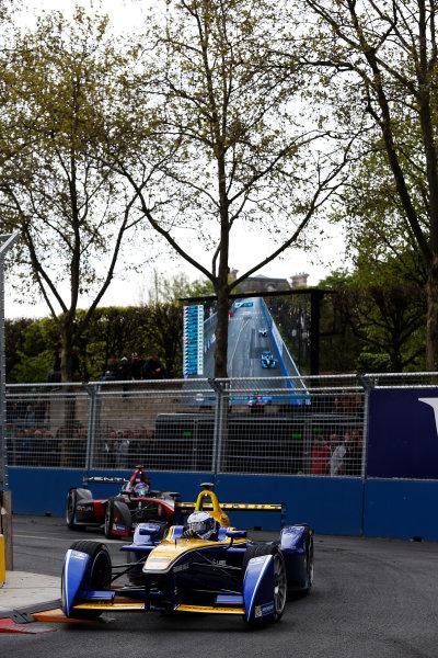 2015/2016 FIA Formula E Championship. Paris ePrix, Paris, France. Saturday 23 April 2016. Nicolas Prost (FRA), Renault e.Dams Z.E.15. Photo: Glenn Dunbar/LAT/Formula E ref: Digital Image _89P5614