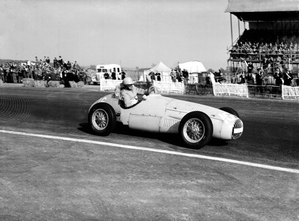 Silverstone, Great Britain. 9th May 1953. Louis Chiron (OSCA 20), action. Ref-Motor 776/7. World Copyright - LAT Photographic