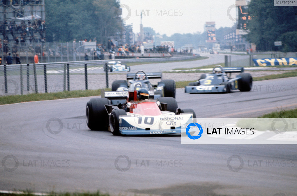 Monza, Italy. 10-12 September 1976. Ronnie Peterson (March 761 Ford) 1st position, action. Ref-76ITA18 World Copyright - LAT Photographic