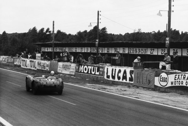 Le Mans, France. 28th - 29th July 1956 Louis Rosier/Jean Behra (Talbot Maserati), retired, action. World Copyright: LAT Photographic Ref: B/W Print.