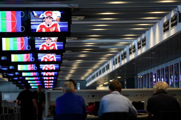 Autodromo Nazionale di Monza, Monza, Italy.9th September 2010.Fernando Alonso, Ferrari F10 on the screens in the Media CentreWorld Copyright: Andrew Ferraro/LAT Photographicref: Digital Image AF5D6264