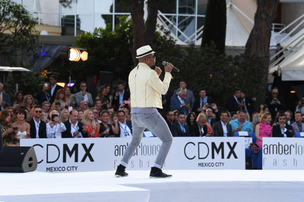 Monte Carlo, Monaco. Friday 26 May 2017. Chris Willis (USA) at the Amber Lounge Fashion Show, Le Meridien Beach Plaza Hotel, Monaco World Copyright: Mark Sutton/Sutton/LAT Images ref: Digital Image dcd1727my403