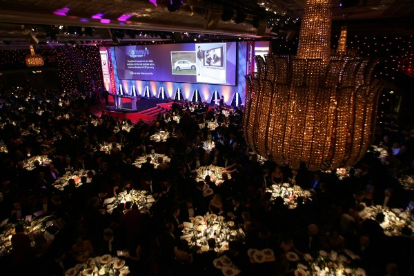 2005 Autosport AwardsGrosvenor House, London. 4th December.Dinner is served.World Copyright: Malcolm Griffiths/LAT Photographicref: Digital Image Only