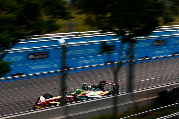 2016/2017 FIA Formula E Championship. Hong Kong ePrix, Hong Kong, China. Sunday 9 October 2016. Lucas Di Grassi (BRA), ABT Schaeffler Audi Sport, Spark-Abt Sportsline, ABT Schaeffler FE02.  Photo: Zak Mauger/LAT/Formula E ref: Digital Image _X0W2013