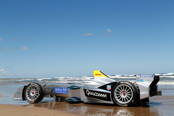 FIA Formula E Test Day. Formula E Car on the beach. Punta Del Este, Uruguay, South America. Formula E Third Race Event, 11th - 14th December 2014. Sunday 14 December 2014.  Photo: Adam Warner/LAT/FE ref: Digital Image _L5R5123