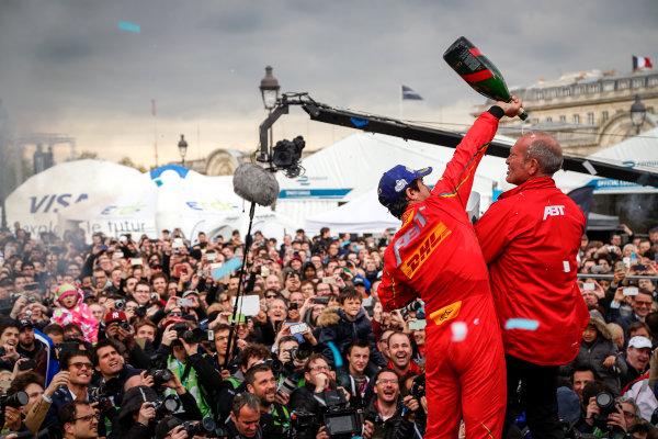Race. Lucas Di Grassi (BRA), ABT Audi Sport FE01. Paris e-Prix,  Paris, France, Europe. Saturday 23 April 2016 Photo: Adam Warner /LAT/FE ref: Digital Image _L5R8045
