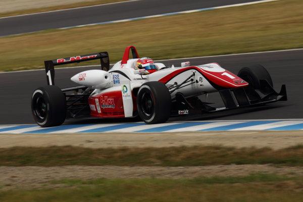 Motegi, Japan. 5th August 2012Rd 7 - 3rd position Hideki Yamauchi ( #1 B-MAX ENGINEERING ) , action.World Copyright: Yasushi Ishihara/LAT Photographicref: Digital Image 2012JF3_Rd7&8_008