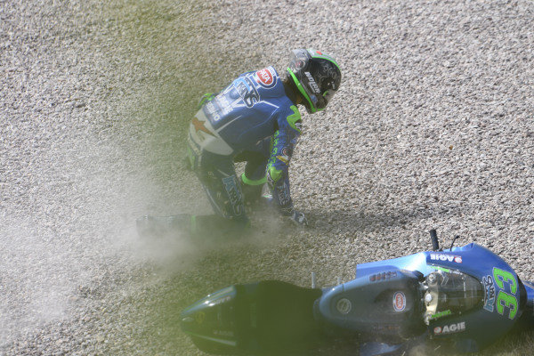 Enea Bastianini, Italtrans Racing Team crash.