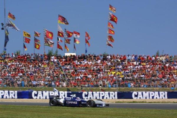 2001 European Grand Prix. RACENurburgring, Germany. 24th June 2001Juan Pablo Montoya, BMW Williams FW23, action.World Copyright - LAT Photographicref: 8 9 MB Digital File Only