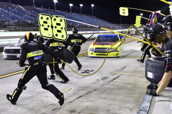 #88: Matt Crafton, ThorSport Racing, Ford F-150 Jack Links/ Menards
