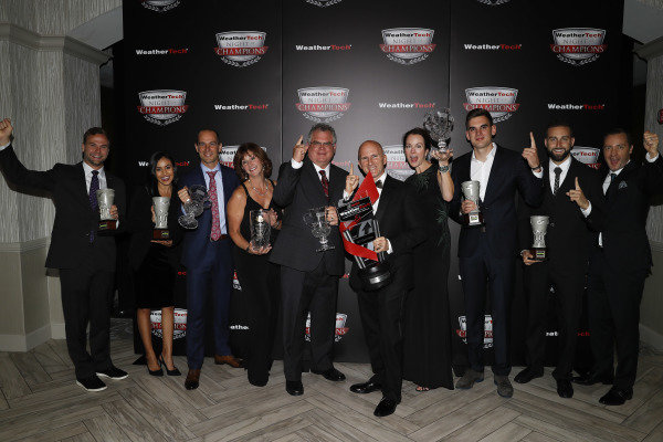2018 WeatherTech Night of Champions, #33 Riley Motorsports Mercedes AMG GT3, GTD: Jeroen Bleekemolen, Ben Keating, Luca Stolz, TPNAEC, Bill Riley, Rob Moran, team members