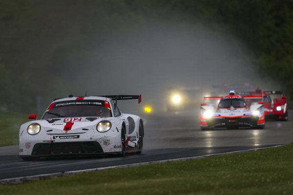 #912 Porsche GT Team Porsche 911 RSR - 19, GTLM: Laurens Vanthoor, Earl Bamber