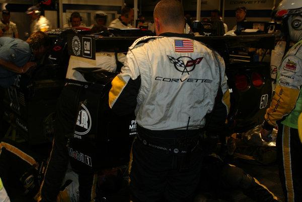 2003 Le mans 24 HoursLe Mans, France. 11th June 2003Corvette - pitstop.World Copyright: Mike Weston/LAT Photographicref: Digital Image Only