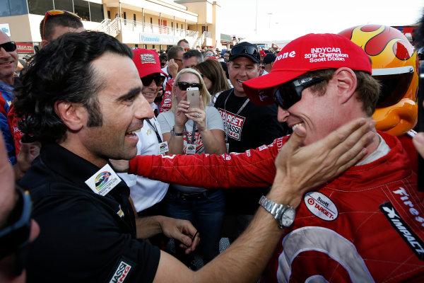 28-30 August, 2015, Sonoma, California, USA Champion Scott Dixon celebrates with friend Dario Franchitti © 2015, Michael L. Levitt LAT Photo USA