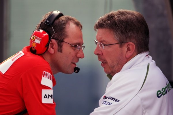 (L to R): Stefano Domenicali (ITA) Ferrari Manager of F1 Operations with Ross Brawn (GBR) Honda F1 Team Principal.