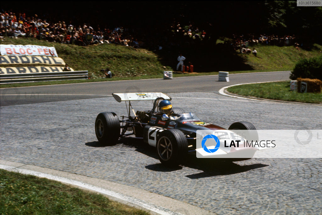 Rouen-les-Essarts, France. 28th June 1970.Ronnie Peterson (March 702 - Cosworth FVA), 6th position, action. World Copyright: LAT Photographic.Ref: 70EUROF2 03.
