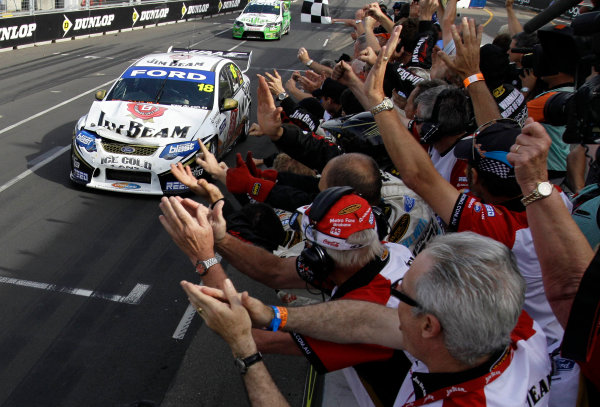 Homebush Street Circuit, Sydney, New South Wales.4th - 5th December 2010.James Courtney of Dick Johnson Racing takes out the 2010 Championship during the Sydney Telstra 500 Grand Finale.World Copyright: Mark Horsburgh/LAT Photographicref: Digital Image 18-Courtney-EV14-10-01471E