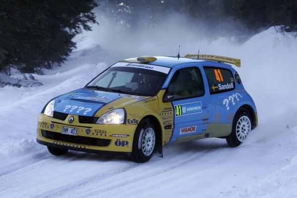 2006 FIA World Rally Champs. Round two Swedish Rally.2nd-5th February 2006.Patrik Sandell, Renault, action.World Copyright: McKlein/LAT