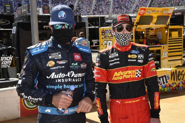#19: Martin Truex Jr., Joe Gibbs Racing, Toyota Camry Auto-Owners Insurance, #12: Ryan Blaney, Team Penske, Ford Mustang Advance My Track Challenge
